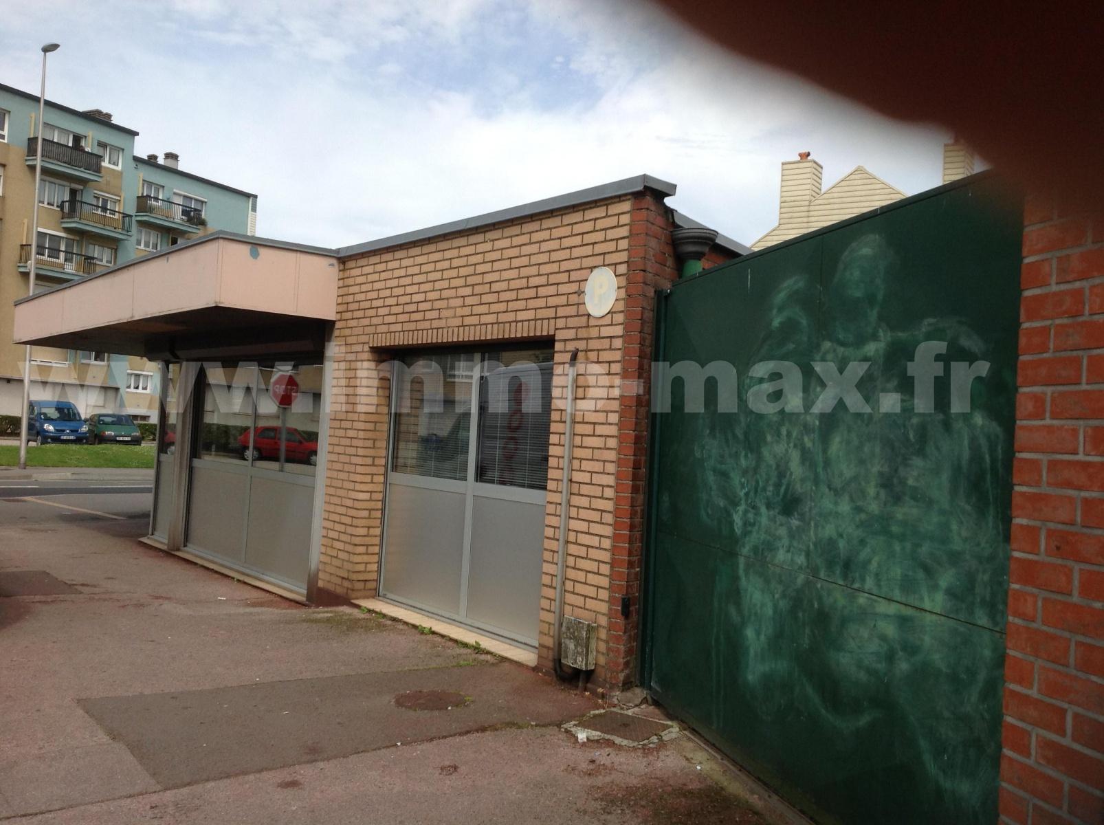 Vente local saint pol sur mer 59430 470 m2 for Max garage calais